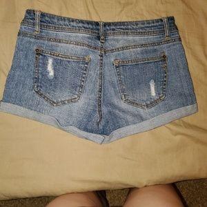 Vanilla Star Shorts - Jean Shorts